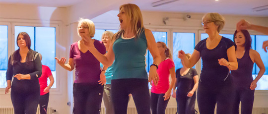 Tr�na Zumba<sup>�</sup>  Gold hos Videdals GIF
